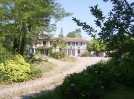Chambres d'Hôtes Les Sables, Gourbera (рядом с городом Laluque)