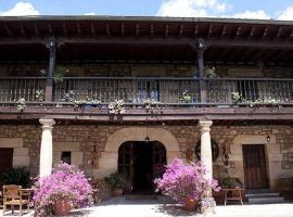 Casa Velarde, Viérnoles (Ríocorvo yakınında)