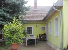 Zanati Apartmannház, Nagykapornak (рядом с городом Pölöske)