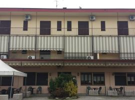 Hotel Giardino, Mortara (Tornaco yakınında)