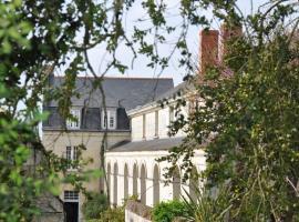 Manoir de Boisairault, Le Coudray-Macouard (рядом с городом Distré)