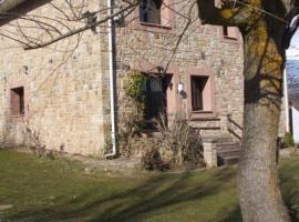 Casa Rural Villa Salceda, Mazandrero (Brañosera yakınında)