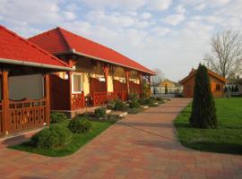Cserkeszőlőszállások-Hőforrásszállások, Cserkeszőlő (рядом с городом Kunszentmárton)