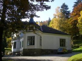 Villa Eisenwerk, Wilhelmsburg (Wald yakınında)