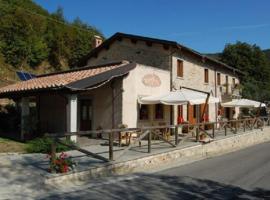 Agriturismo Spino Fiorito, Casola in Lunigiana (Vigneta yakınında)