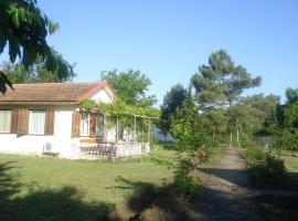 Vestony Bungalows, Ahtopol (Varvara yakınında)