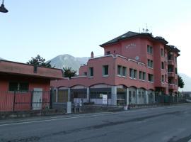 Hotel Total, Pisogne (Gratacasolo yakınında)