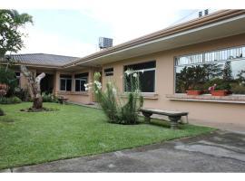 TicoRent Apartment Suites, San José (Cascajal yakınında)