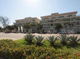 蓬塔爾海灘公寓酒店