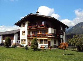 Neumaierhof, Haus im Ennstal (Oberhausberg yakınında)