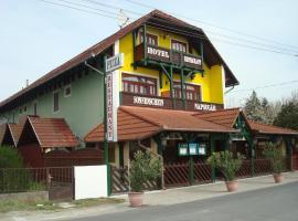 Hotel Napsugár, Балатонмарияфюрдо