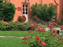 Castello Rosso, Costigliole Saluzzo (Verzuolo yakınında)