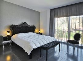 Crystal Hotel, Kakopetria