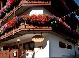 Hotel Valbruna Inn, Valbruna (Montesanto di Lussari yakınında)