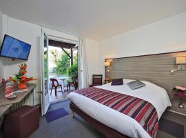 Inter-Hotel Saintes O'Nice, Saintes