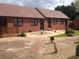 Newent Golf Club and Lodges, Newent