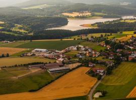Pension & Reitschule Fuchsenhof, Seebarn (Neunburg vorm Wald yakınında)