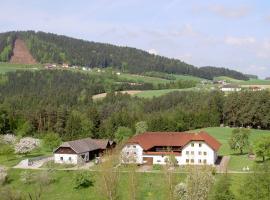 Urlaub am Bauernhof Wenigeder - Familie Klopf, Gutau (Kefermarkt yakınında)