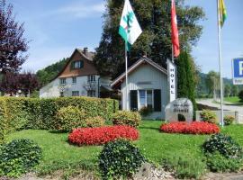 Hotel Heimat, Bauma