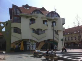 Absolute Center Pécs