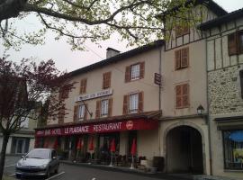 Hôtel Restaurant Le Plaisance, Maurs (рядом с городом Saint-Étienne-de-Maurs)