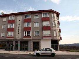Hotel Río Ulla Monterroso, Monterroso (Ludeiro yakınında)