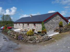 Valley Lodge Farm Hostel, Claremorris