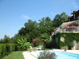 Villa Ric, Saint-Céré (рядом с городом Bannes)