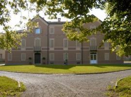 Villa Meli Lupi - Residenze Temporanee, Parma (Vigatto yakınında)