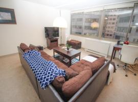 Luxury Two-Bedroom Apartment by Rittenhouse