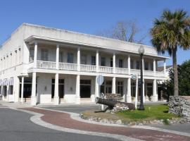 Riverview Hotel, Saint Marys