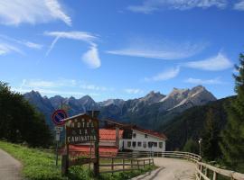 Hotel La Caminatha, Val di Zoldo (Forno di Zoldo yakınında)