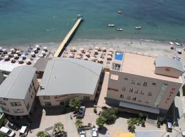 Aragosta Hotel & Restaurant