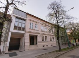 Hotel Ankavi, Szeged