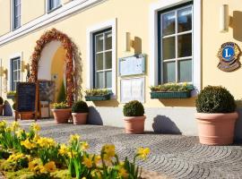 Romantik Hotel Goldener Stern, Gmünd