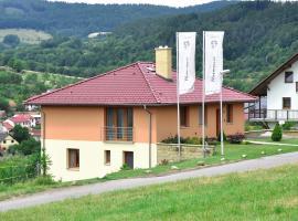 Vila Harmonie, Luhačovice (Dolní Lhota yakınında)