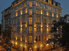 Hotel Rialto, Varsovia