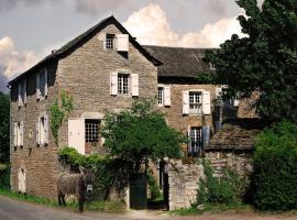 Maison d'Hôtes La Singulière, Северак-ле-Шато (рядом с городом Sévérac d' Aveyron)