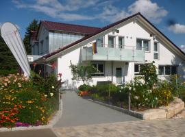 Landpension Wachtkopf Ferienwohnungen, Vaihingen an der Enz (Ochsenbach yakınında)