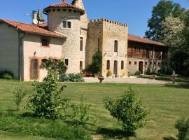 B&B Domaine du Val de Soux, Montgaillard-de-Salies (рядом с городом Montespan)