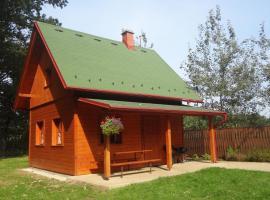 Chaty u rybníka Brodský, Červený Kostelec