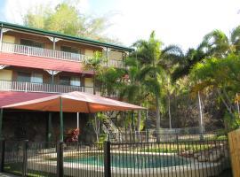 Yongala Lodge by The Strand