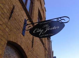 Lodge The City Jester