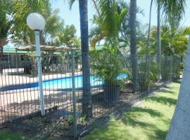 Country Road Motel, Charters Towers