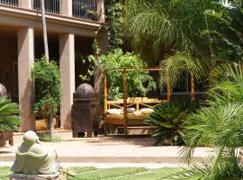 Chillout Hotel Tres Mares 2-sterrenhotel. Tarifa (3,3 km van Punta Paloma)