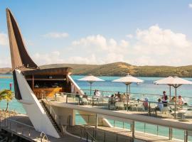 Yacht Club Villa