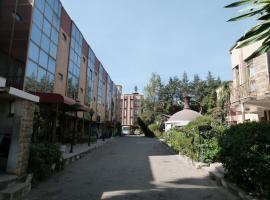 Crown Hotel, Аддис-Абеба (рядом с городом K'at'ila)