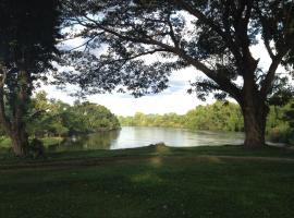 Island Resort River Kwai, Kanchanaburi