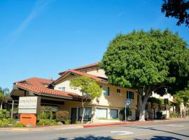 Lamplighter Inn Suites 3 Star Hotel This Is A Preferred Property They Provide Excellent Service Great Value And Have Awesome Reviews From Booking