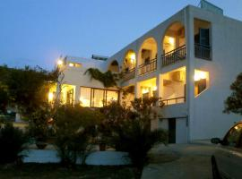 Hotel Flisvos, Агистри